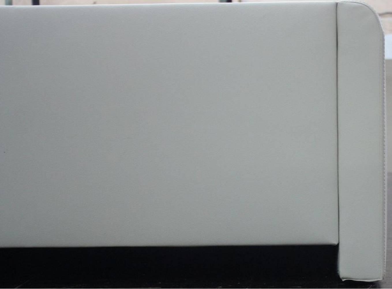 Кровать экокожа Лаура Вайт 1400 с ортопедом, без матраса