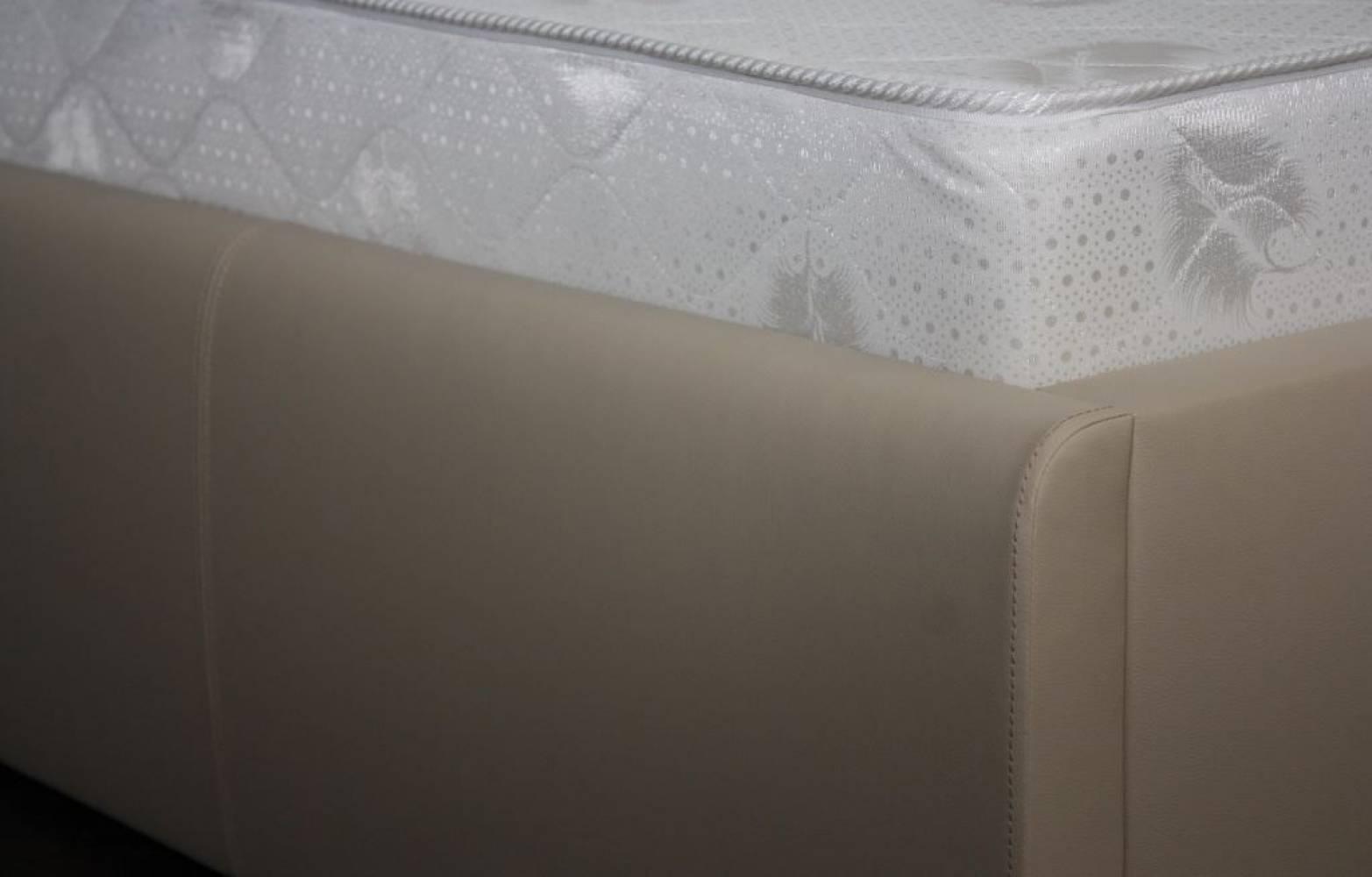 Кровать экокожа Лаура Беж 1600 с ортопедом, без матраса
